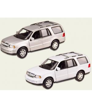 Машинка Линкольн Навигатор 2005 коллекционная модель Lincoln Navigator металлическая, 1:35, (белый, серый), Welly