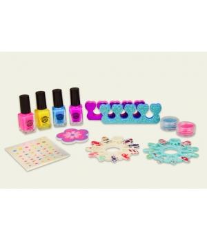 Детский набор для маникюра (лаки, ногти, наклейки)