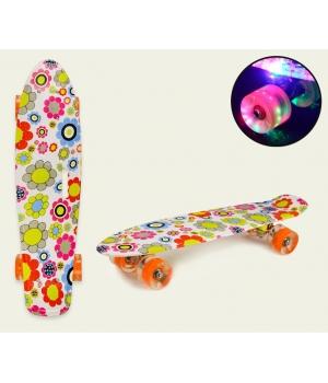 Пенни борд для девочек, Цветочки принтованый со светящимися колесами, колеса PU, 56*15 см